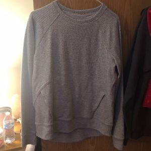 Lululemon crew neck pull over with front pocket